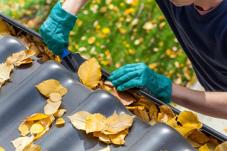 Your Fall Home Checklist: Things to Do to Your Home Before Winter Hits